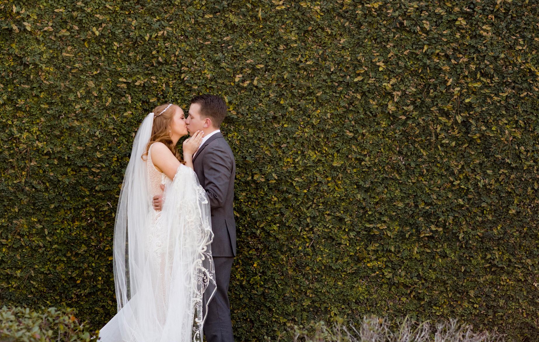 Wedding kiss - Aislinn Kate Wedding Photography - Pensacola, Florida